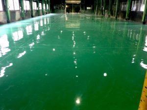 工場の床の塗床施工後