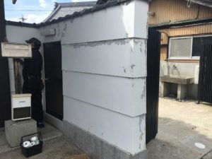 お寺の門塀・漆喰塗装前