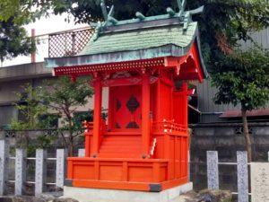 神社の屋外朱塗り塗装