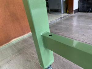 鉄製作業机・補修塗装後